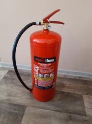 0079 – Ogniochron 12 kg powder extinguisher ABC powderextinguisher 43A 233BC fire rating